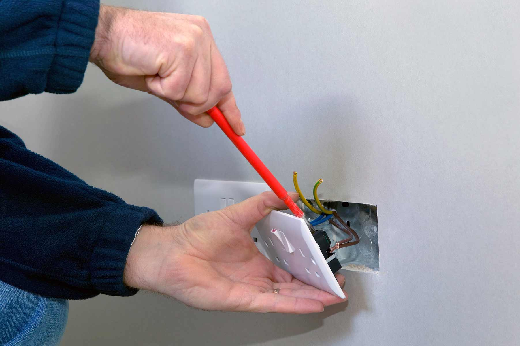 Our electricians can install plug sockets for domestic and commercial proeprties in Dollis Hill and the local area.